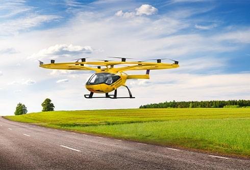 Multikopter als sinnvolle Ergänzung zu den Rettungshubschraubern? Diese Frage hat eine Machbarkeitsstudie der ADAC Luftrettung nun beantwortet.