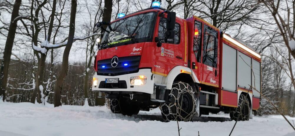 Die Feuerwehr Werne hat nach dem neuerlichen Wintereinbruch das LF20 KatS des BBK winterfest gemacht. Was Autofahrer jetzt beachten sollten, dazu gibt der GDV Tipps.