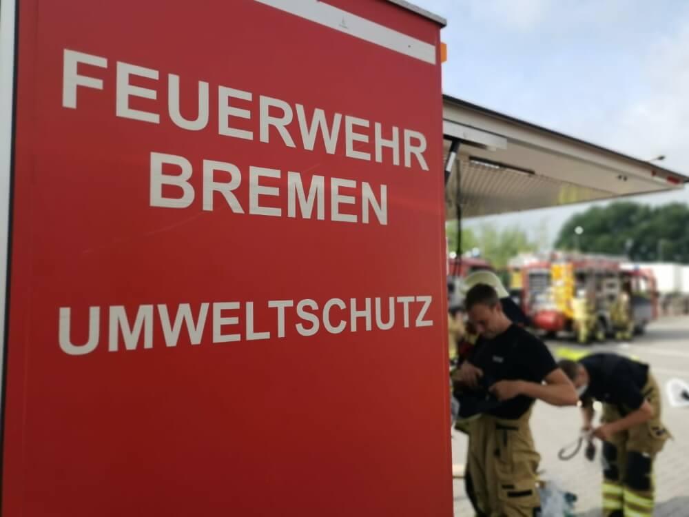 Verschiedene Gefahrstoffe traten am Morgen des 5. Juli 2021 im Güter-Verkehrs-Zentrum Bremen aus.
